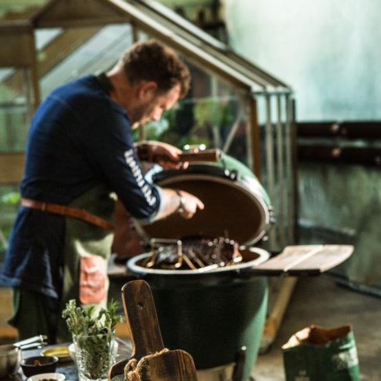 Ribs and roasting rack
